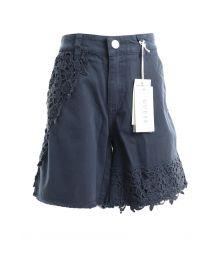 Pantaloni scurti& bermude GUESS